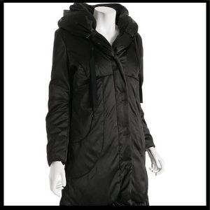 T tahari down puffer coat attached hooded black